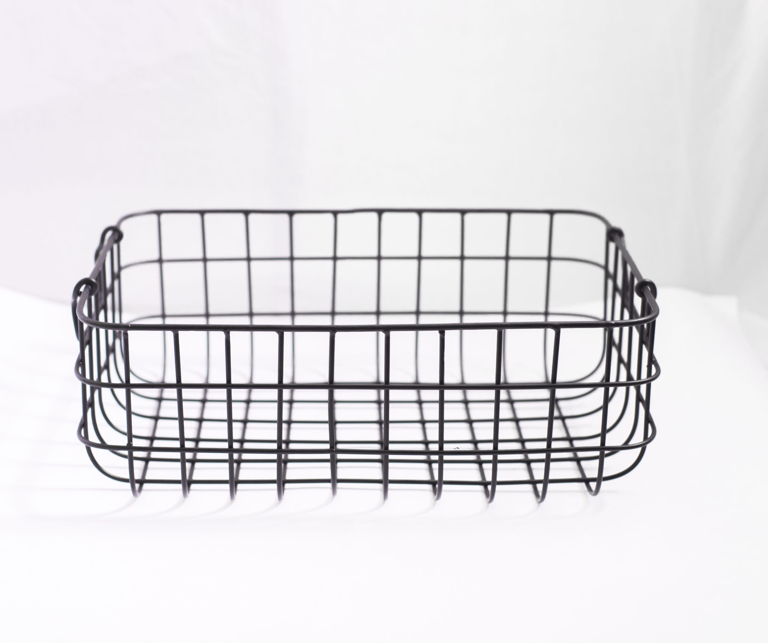 Black Metal Wire Basket - Medium